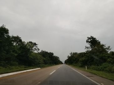 drive to Chichen-itza