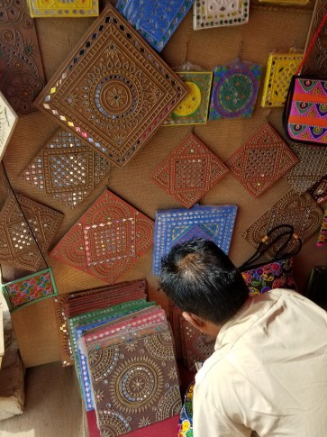 Street shop for art and accessories with Kutchi work
