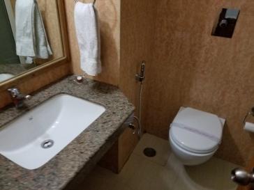 JJ Resort Bathroom