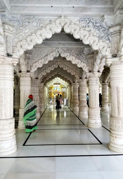SN temple entrance